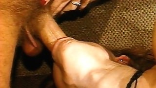 Black-haired cock blowing beaver banging