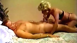 Hank Armstrong Does Hot Older Woman In Forty Plus Vid Magazine Three (1997)