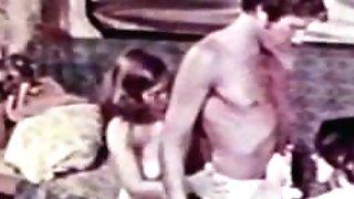 Peepshow Loops 329 1970s - Scene three
