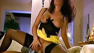 Erika Bella 03