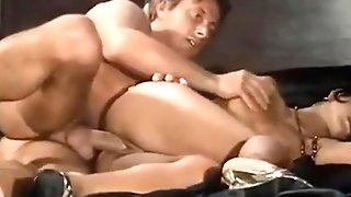 Julia Chanel - Spiando Simona 1994