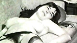 Erotic Nudes 637 1960's - Scene 1