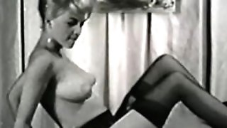 Erotic Nudes 616 50's and 60's - Scene five